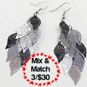 🔹️Leaf Multilayered Stainless Steel Gray Earrings